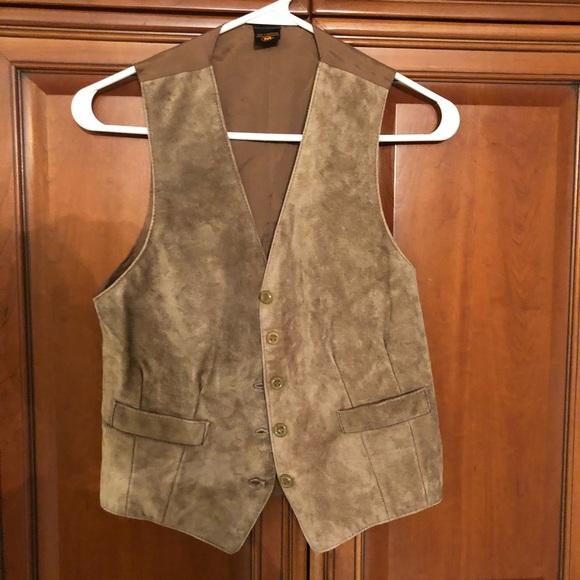 Jackets & Blazers - NWOT faux suede vest